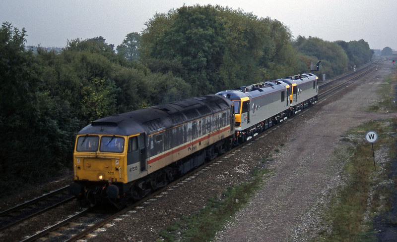47525/ 92043/92042, Loughborough-Crewe, Stenson Junction, near Derby, 11-10-95.