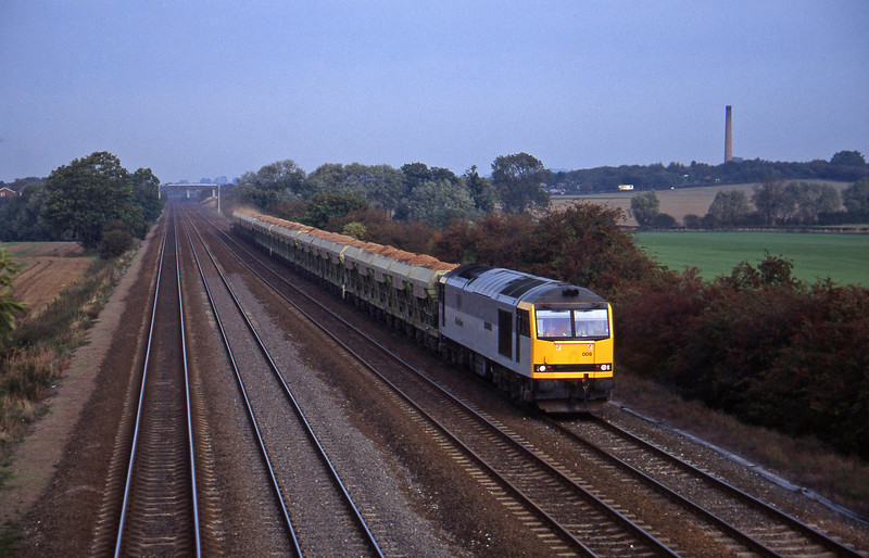 60009, 09.42 Mountsorrel-Stevenage, Cossington, near Leicester, 11-10-95.