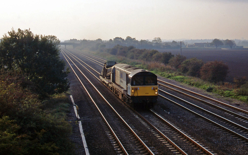 58033, stone discharger, Cossington, near Leicester, 11-10-95.