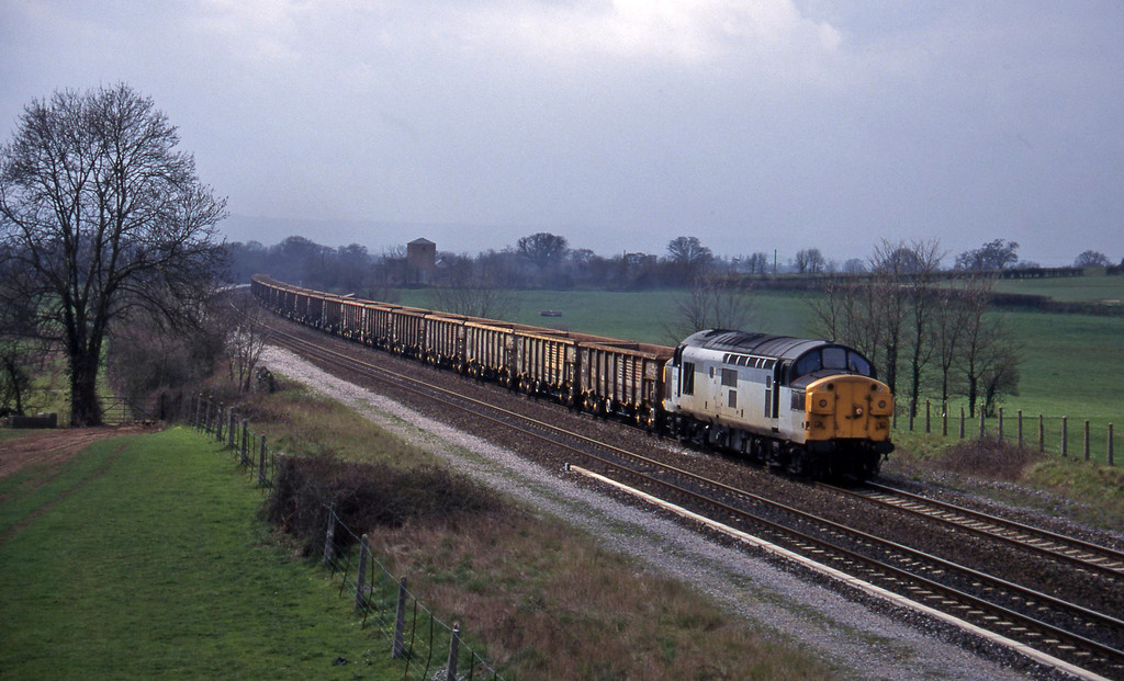 37040, up stone empties, Cogload, 10-4-96.