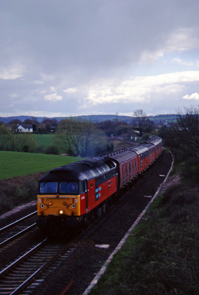 47745, 13.53 Plymouth-Crewe, Willand, near Tiverton, 24-4-96.