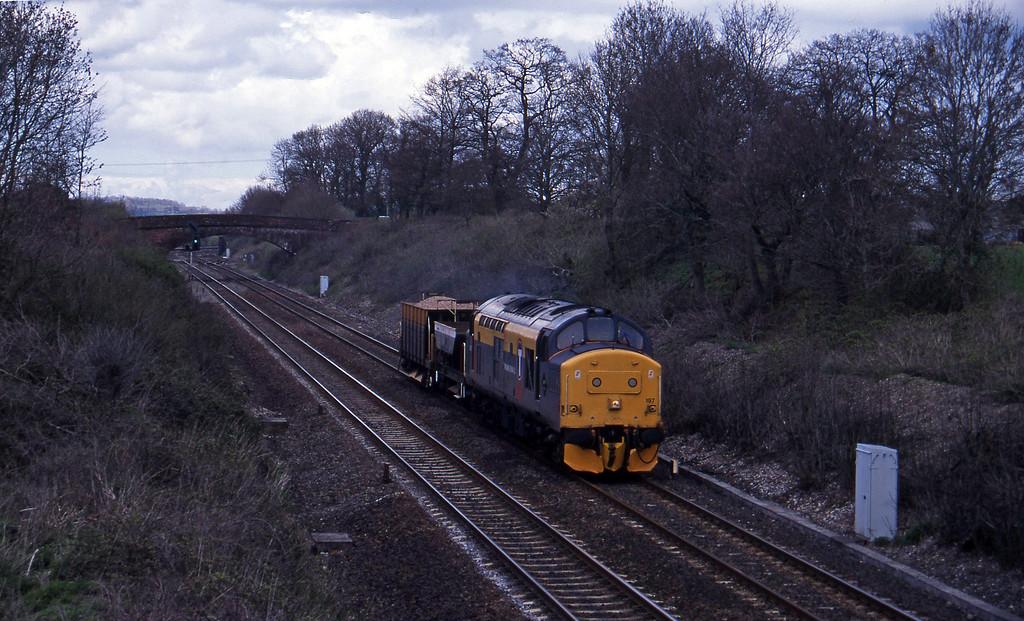 37197, down ballast, Willand, near Tiverton, 24-4-96.