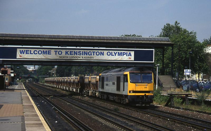 60099, London Acton-Hothfield, Kensington Olympia, 19-7-96.
