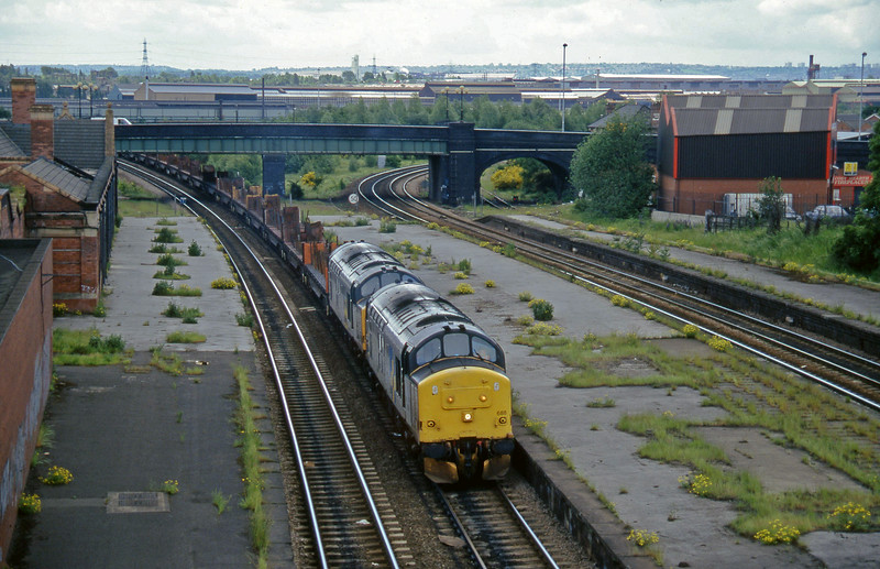 37688/37697, down stel flats, Rotherham Masborough, 12-6-96.