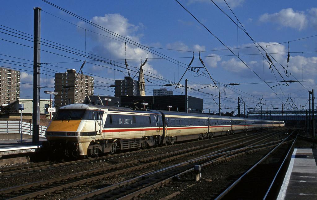 91023, up passenger, Doncaster, 12-6-96.