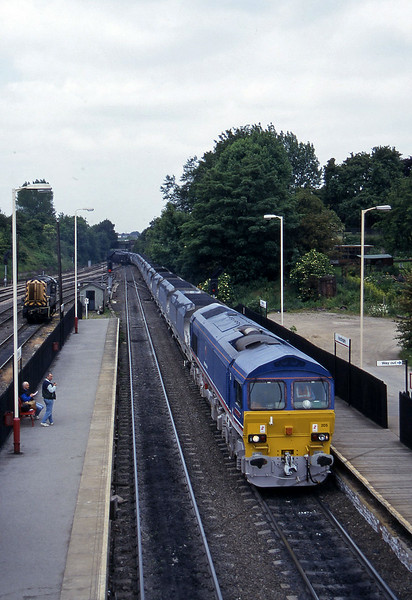 59205, eastbound mgr, Knottingley, 19-6-96.