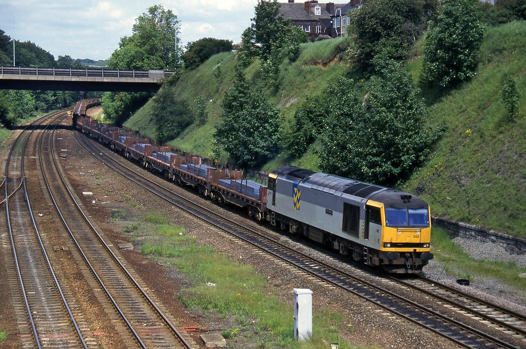 60023, up steel, Rotherham Masborough, 12-6-96.