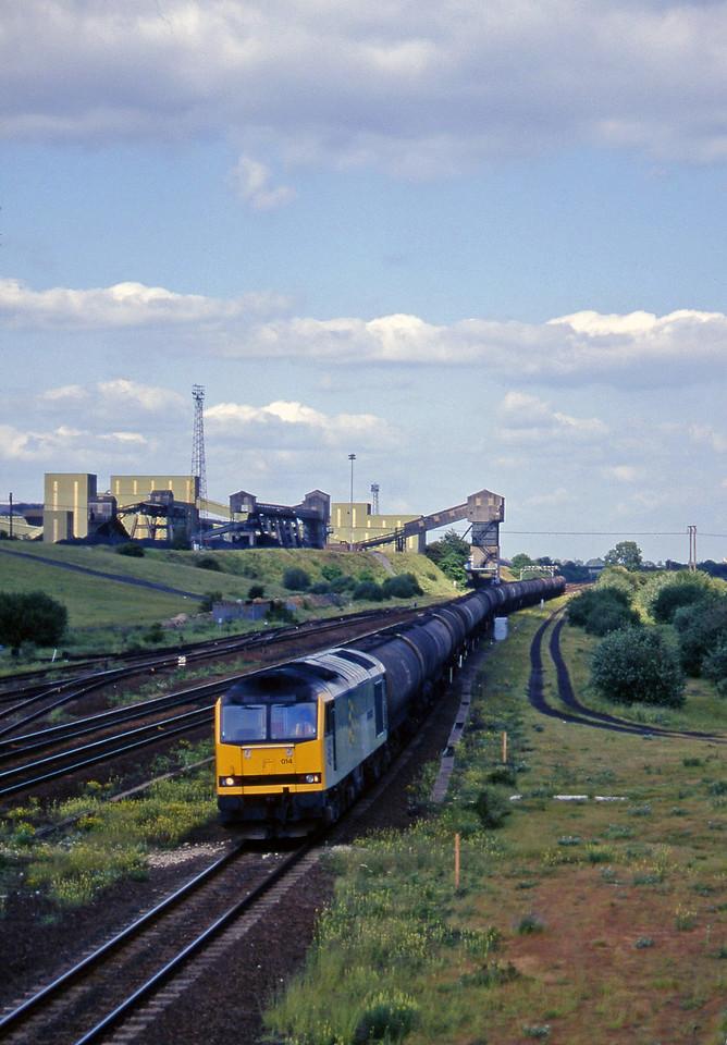 60014, up tanks, Hatfield, near Doncaster, 12-6-96.