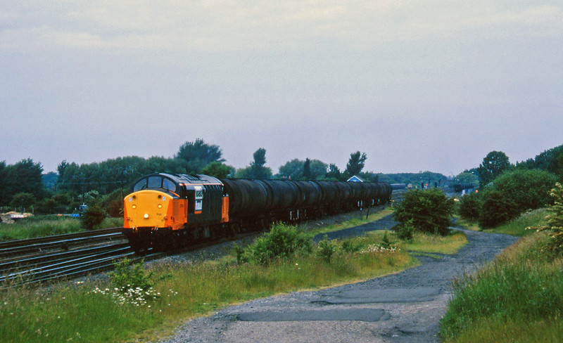 37710, up tanks, Monk Fryston, 19-6-96.