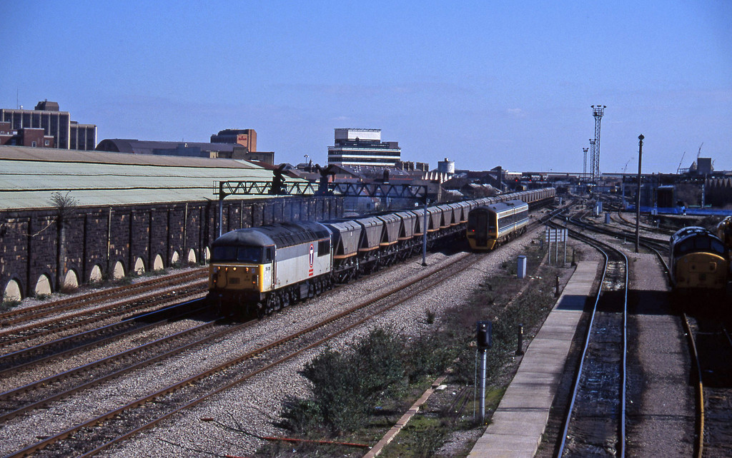 56018, down mgr empties, Cardiff Canton, 27-3-96.