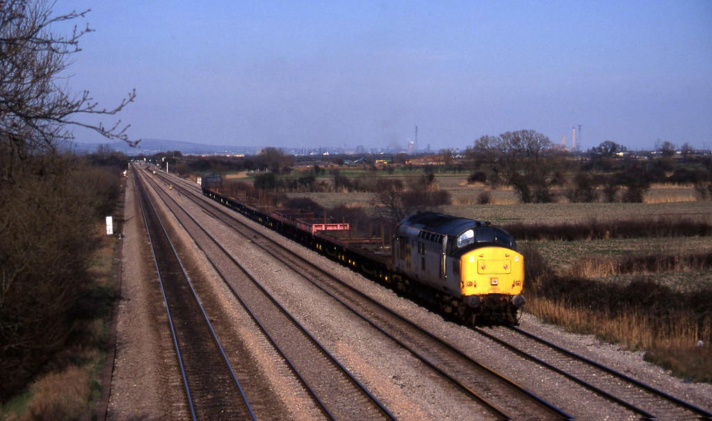 37213, down steel empties, St Mellons, Cardiff, 27-3-96.