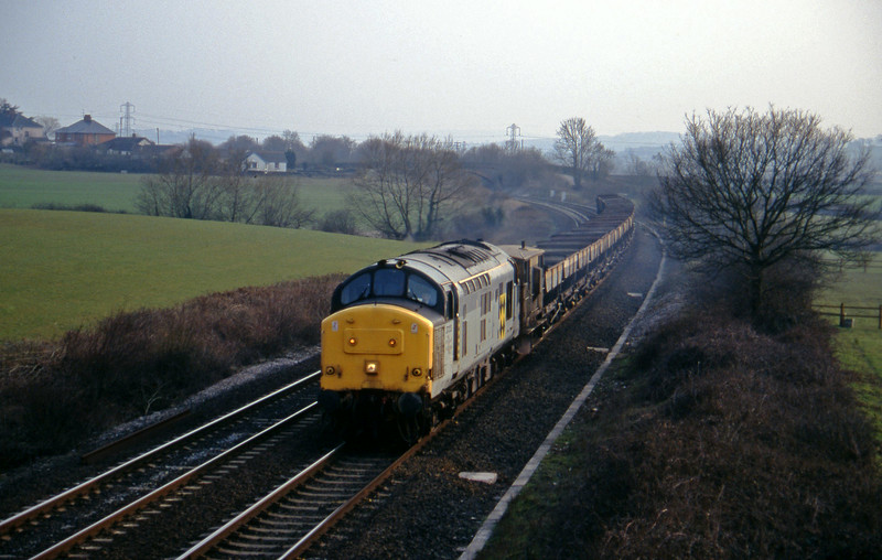 37213, up ballast, Willand, near Tiverton, 13-3-96.