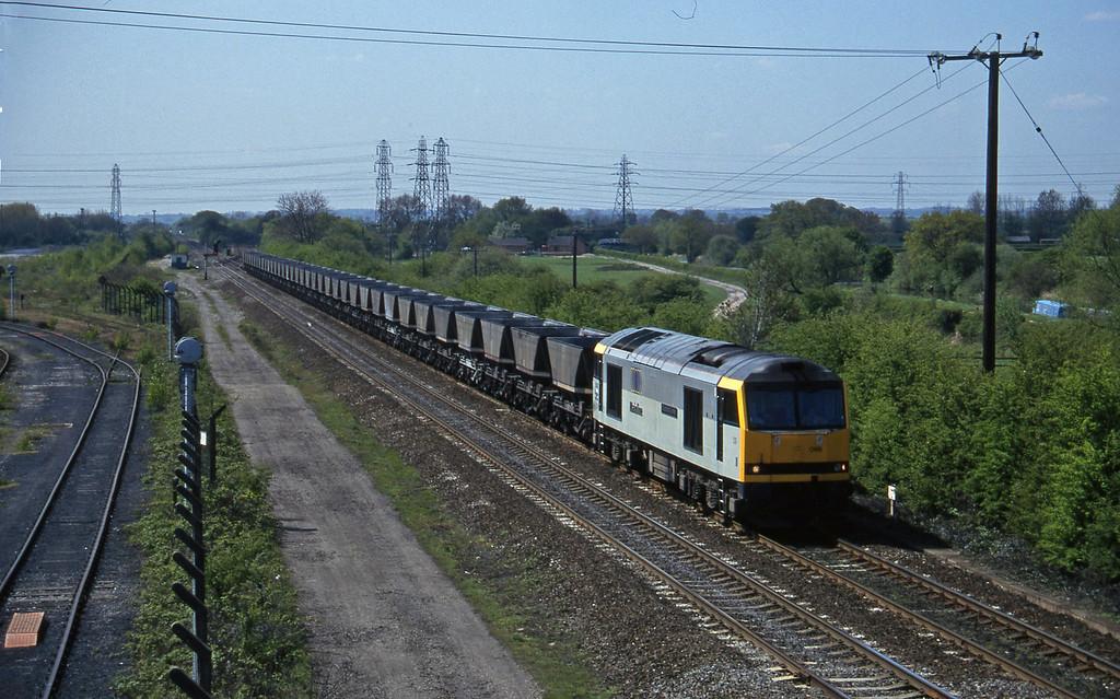 60088, down mgr empties, Stenson Junction, near Derby, 14-5-96.