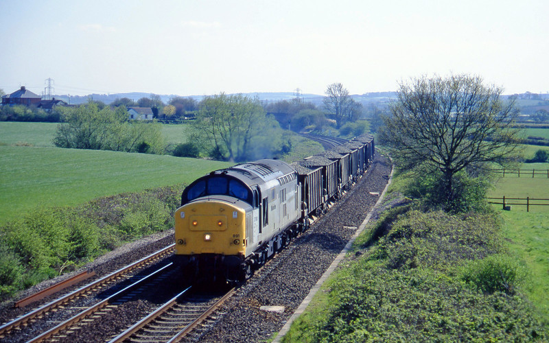 37891, up ballast, Willand, near Tiverton, 8-5-96.