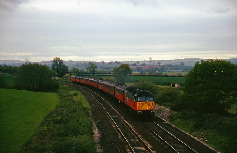 47721, 13.53 Plymouth-Crewe, Willand, near Tiverton, 28-5-96.