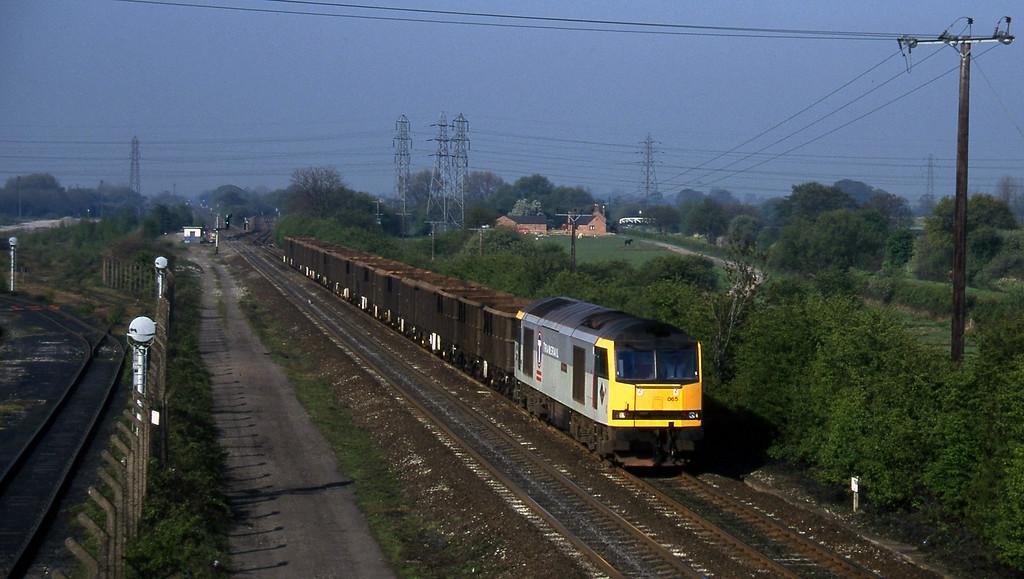 60065, down scrap empties, Stenson Junction, near Derby, 14-5-96.