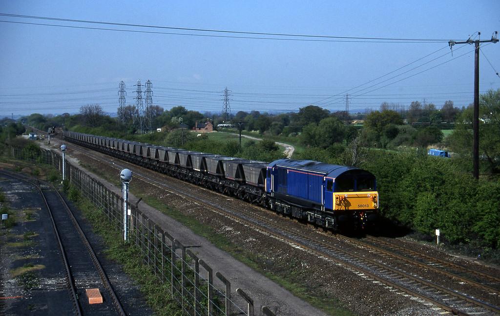 58013, down mgr empties, Stenson Junction, near Derby, 14-5-96.
