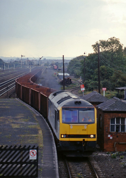 60054, eastbound ore empties, Barnetby, 1-10-96.
