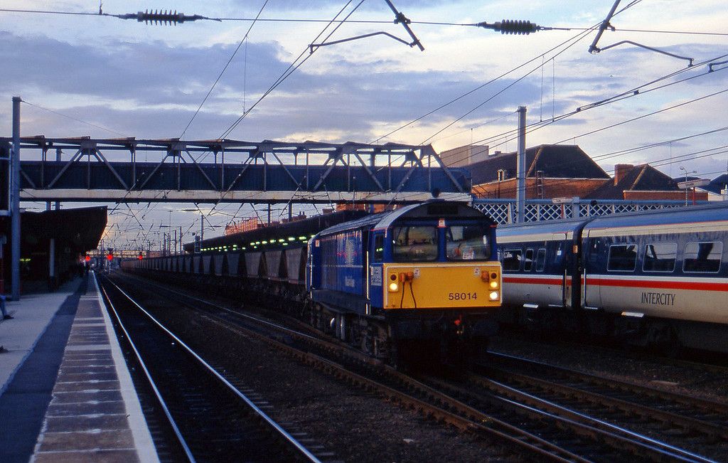 58014, southbound mgr, Doncaster, 1-10-96.