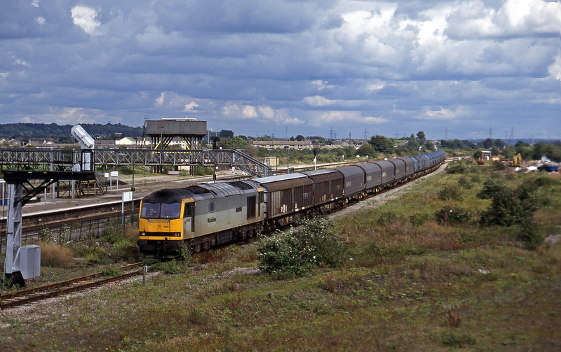 60009, 11.05 Round Oak-Margam, Severn Tunnel Junction, 26-8-97.