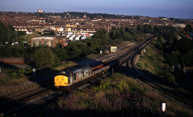 37898, 16.35 Exeter Riverside Yard-Newport Alexandra Dock Junction, Narroways Hill Junction, Bristol, 13-8-97.