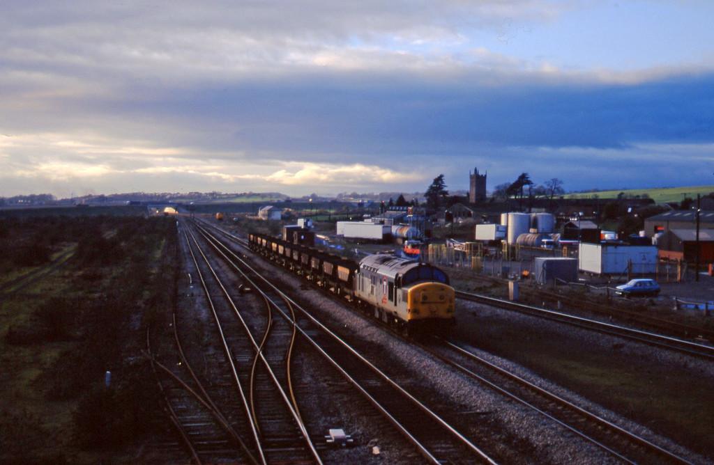 37156,, 14.34  Newport Alexandra Dock Junction-Stud Farm, Severn Tunnel Junction, 2-12-97.