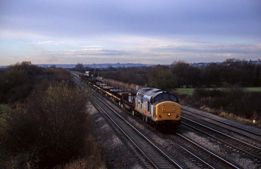 37901, 11.20 Margam-Llanwern, St Mellons, near Cardiff, 2-12-97.
