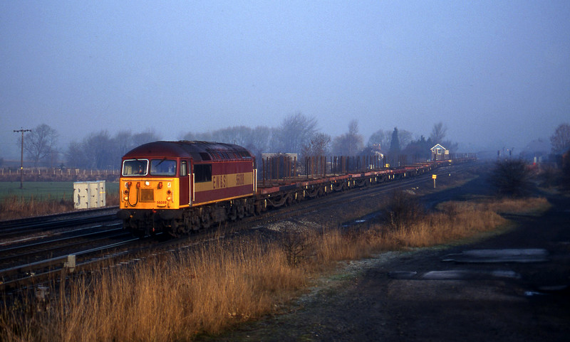 56088, up steel empties, Monk Fryston, 15-1-97.