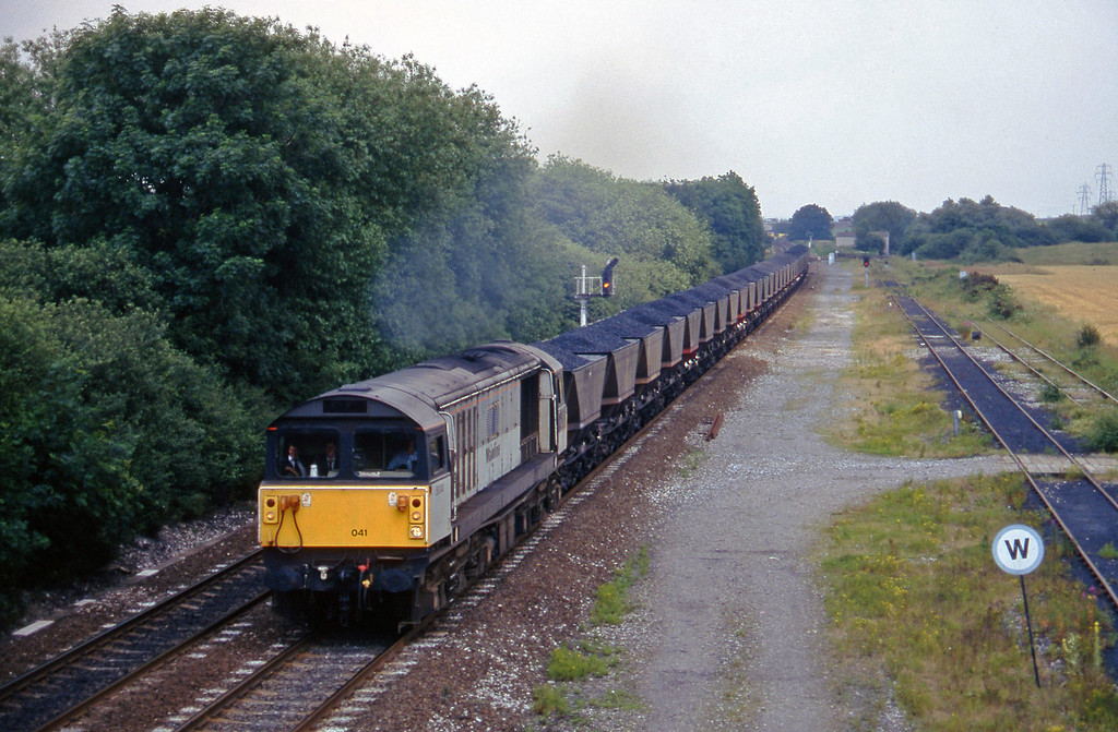 58041, up mgr Stenson Junction, near Derby, 8-7-97.