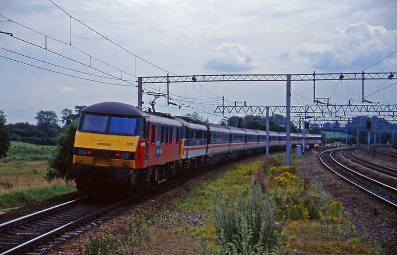 90018/87016, down passenger, Norton Bridge, near Stafford, 22-7-97.