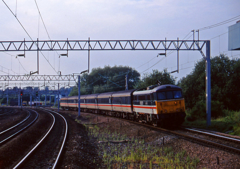 86233, Manchester Piccadilly-Birmingham New Street, Norton Bridge, near Stafford, 22-7-97.