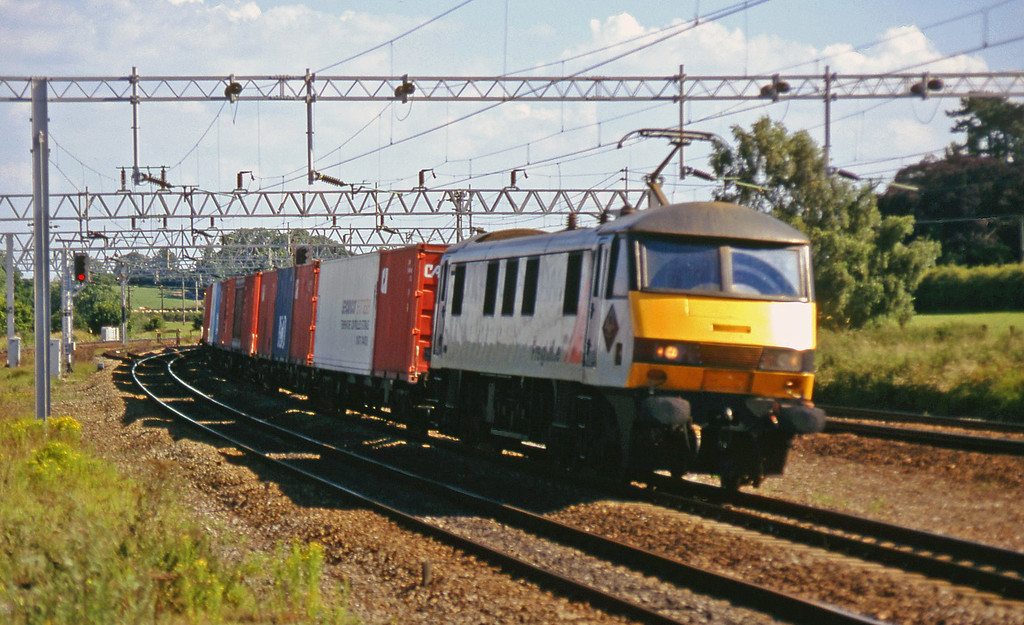90150, down Freightliner, Norton Bridge, near Stafford, 8-7-97.