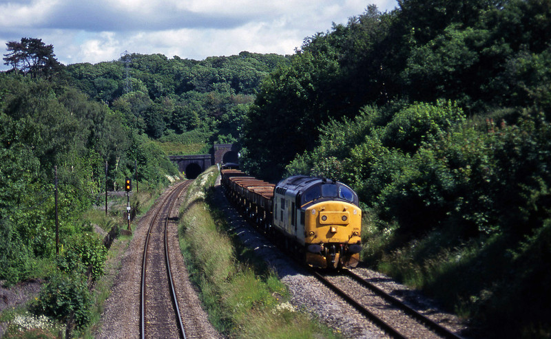 37229, 15.41 Stoke Gifford Yard-Newport Alexandra Dock Junction, Cattybrook, Bristol, 25-6-97.