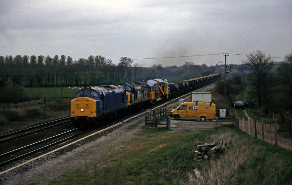 37375/37413, down departmental, Cogload, 25-3-97.