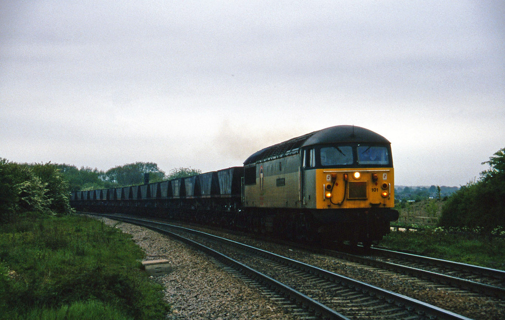 56101, down mgr empties to Gascoigne Wood, Gascoigne Wood Junction, Monk Fryston, near Knottingly, 16-5-97.