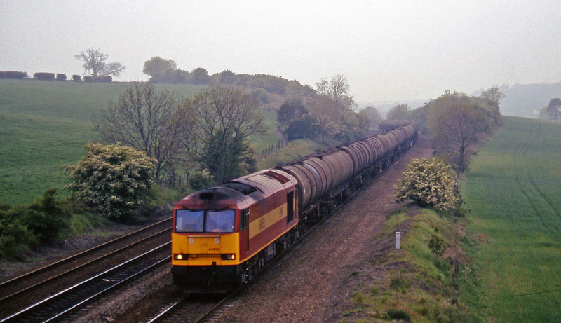 60052, down tanks, Melton Ross, near Barnetby, 16-5-97.