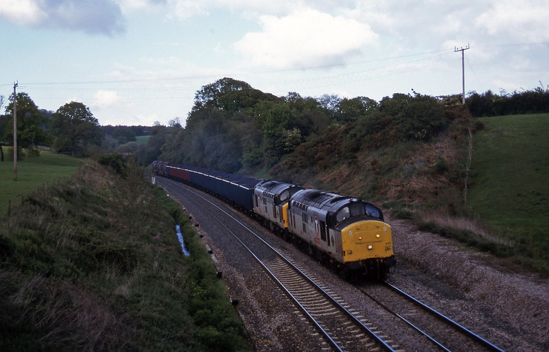 37672/37669, 13.45 Newport Alexandra Dock Junction Yard-St Blazey, Whiteball, 19-5-97.