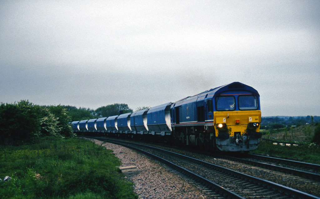 59201, down mgr empties to Gascoigne Wood, Gascoigne Wood Junction, Monk Fryston, near Knottingly, 16-5-97.