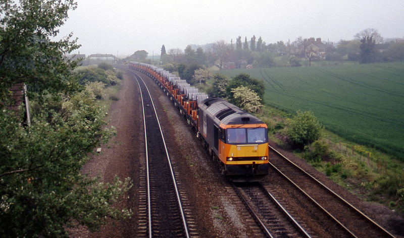 60038, Immingham-Tinsley, Melton Ross, near Barnetby, 16-5-97.