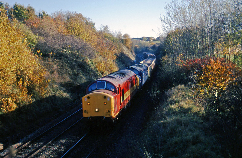 37716/37274, Merehead Quarry-Hallen Marsh, Brentry, Bristol, 11-11-97.