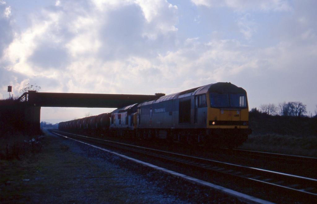 60089/37894, 09.40 Burgullow-Newport Alexandra Dock Junction, Cogload, 25-11-97.