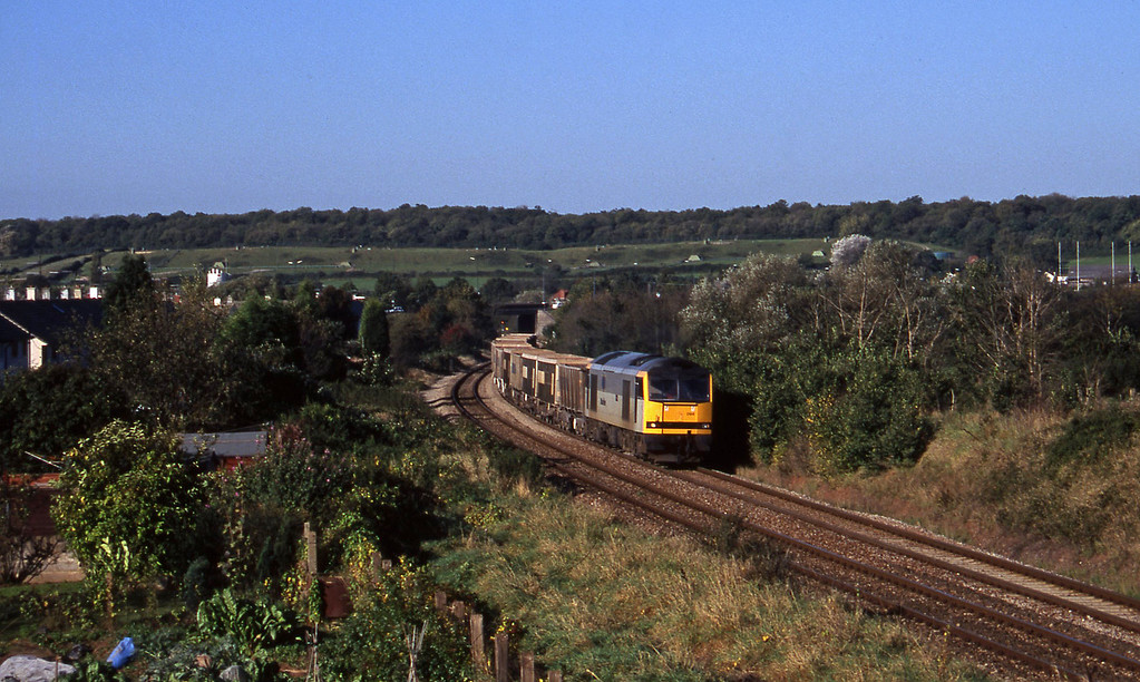 60094, up stone empties, Brentry, Bristol, 21-10-97.
