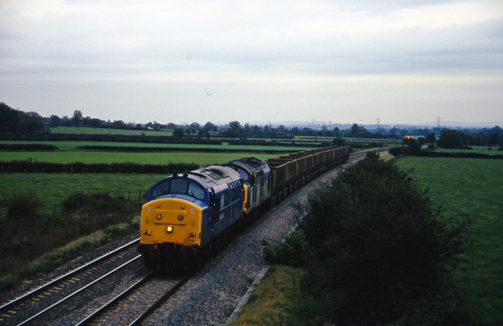 37219/37350, down stone empties, Berkley Marsh, near Frome, 14-10-97.