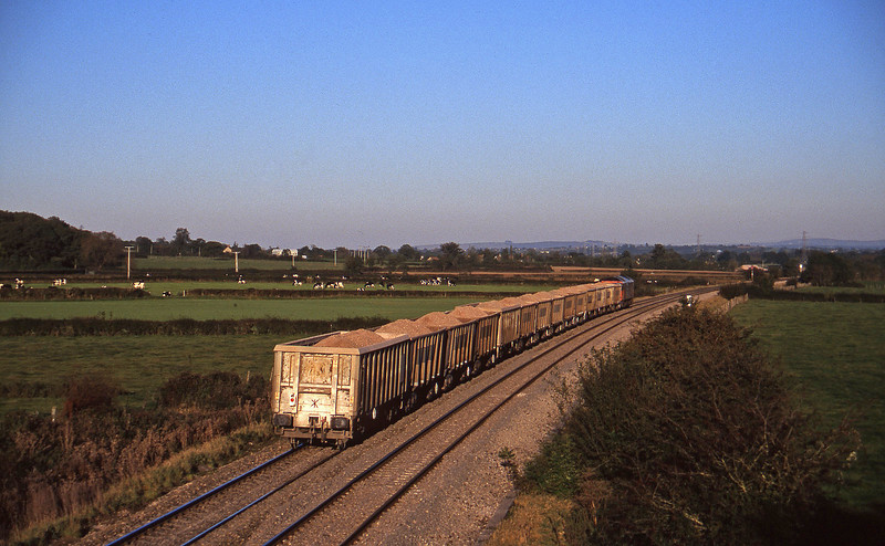 60007, 15.30 Merehead Quarry-Hallen Marsh, Berkley Marsh, near Frome, 28-10-97.
