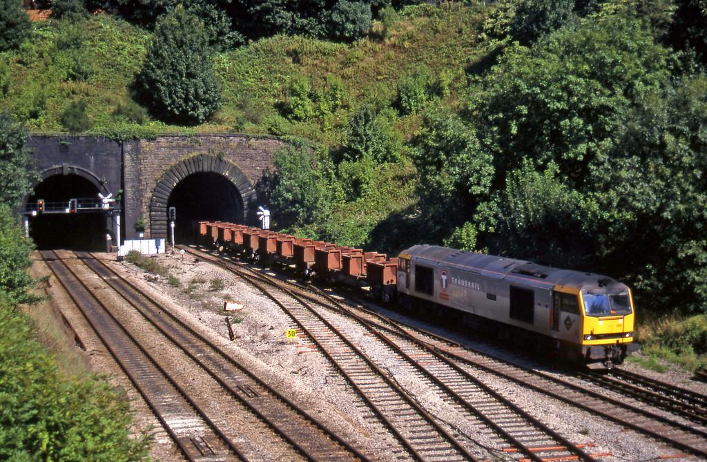 60015, 09.02 Dee Marsh-Margam, Gaer Junction, Newport, 9-9-97.