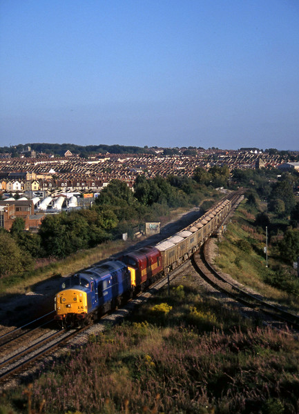 37219/37886, Westbury-Avonmouth stone, Narroways Hill Junction, Bristol, 9-9-97.