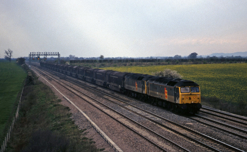 47297/47285, 14.45 Swindon-Longbridge, Denchworth, near Swindon, 7-4-98.