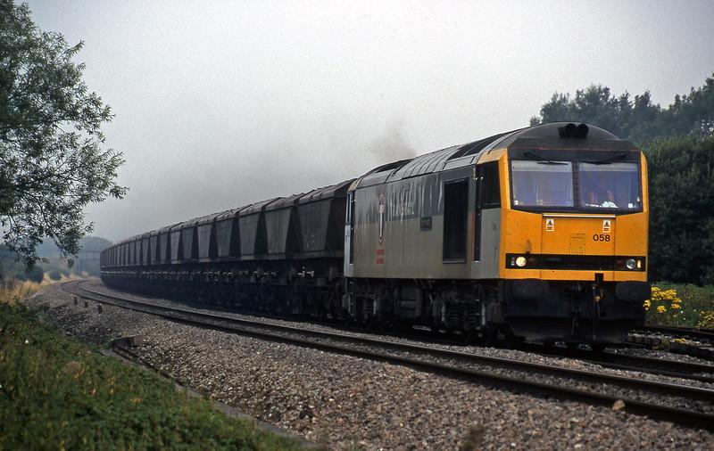 60068, Avonmouth Bulk Handling Terminal-Didcot Power Station, Shrivenham, near Swindon, 11-8-18.