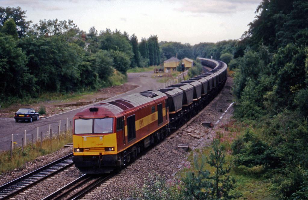 60037, Avonmouth Bulk Handling Terminal-Didcot Power Station, Coalpit Heath, near Bristol, 4-8-98.