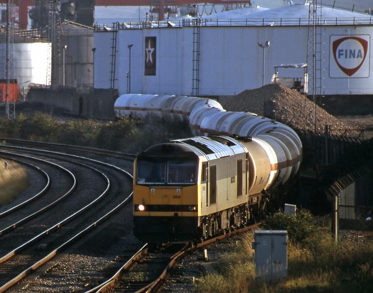 60069, 20.25 Hallen Marsh-Eastleigh Yard, Hallen Marsh Junction, 4-8-98 (early).